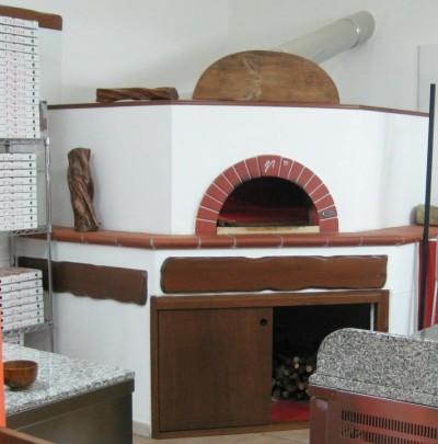 Forno pizza a legna sardegna cucciari arredamenti srl - Forni per pizza a legna per casa ...