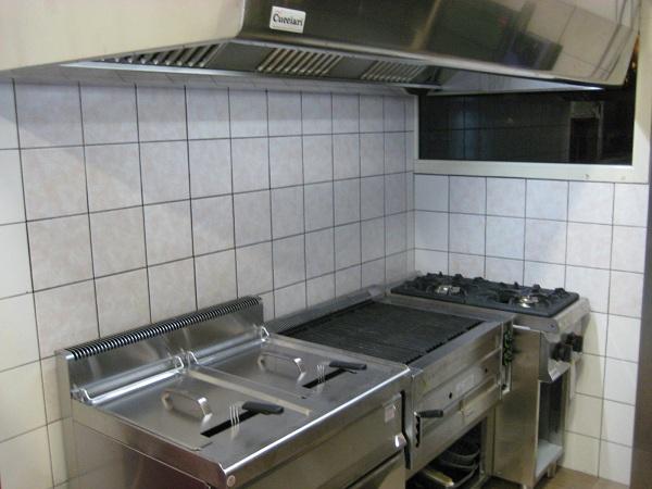 Griglia a pietra lavica sardegna oristano nuoro sassari olbia - Pietra lavica cucina ...