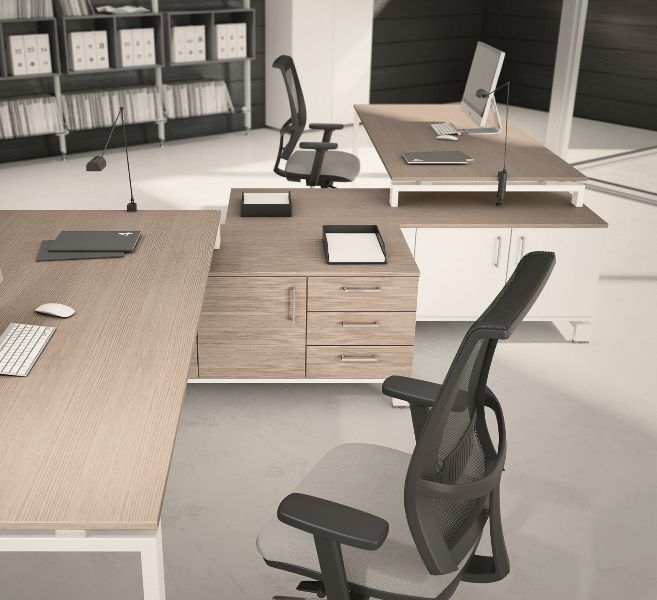 Mobili ufficio Sardegna – scrivanie e serventi