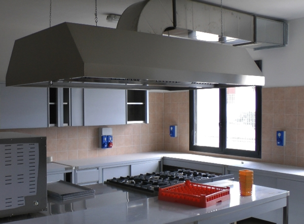 Arredamento casa famiglia sardegna nuoro sassari olbia for Arredamento completo casa offerte